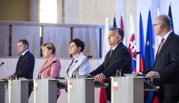 Orbán: közös európai hadsereg kell