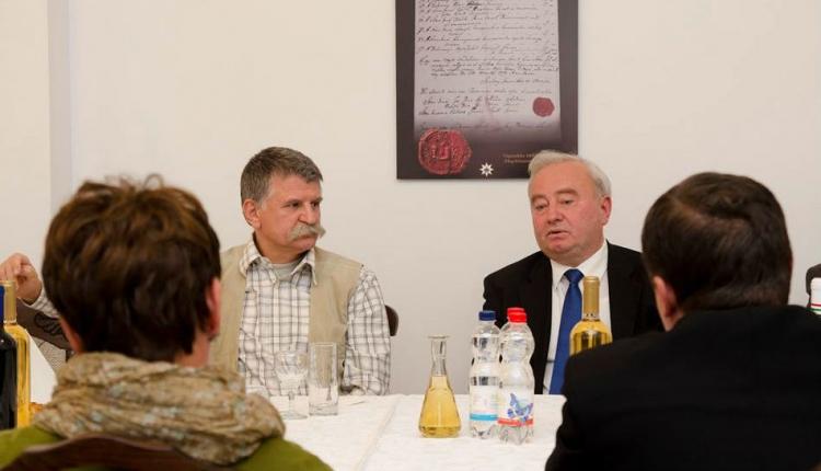 Csűry István püspökhöz látogatott Nagyváradra Kövér László