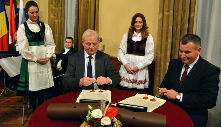 Mostantól testvérváros Budapest és Székelyudvarhely
