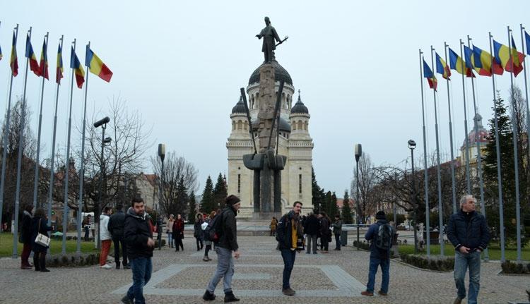 Emléktáblát állítottak Avram Iancunak Nagyváradon