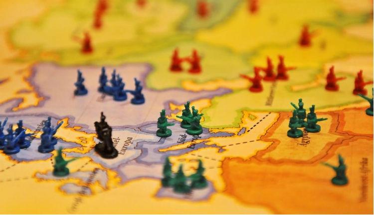 Románia az összeesküvés-elméletek ostroma alatt