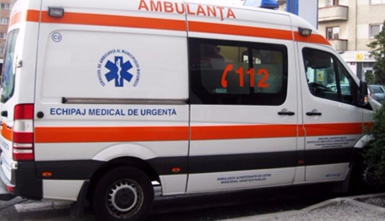 Mentő ütközött gépkocsival: két halott, két sebesült