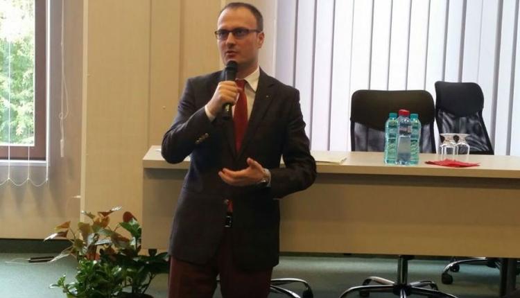 Nagyon pályázik Kelemen érdemrendjére a bősz nemzetféltő Cumpănaşu