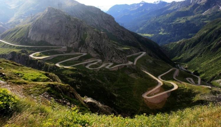 Figyelem! Hétfőn korlátozzák a forgalmat a Transzfogarasi úton
