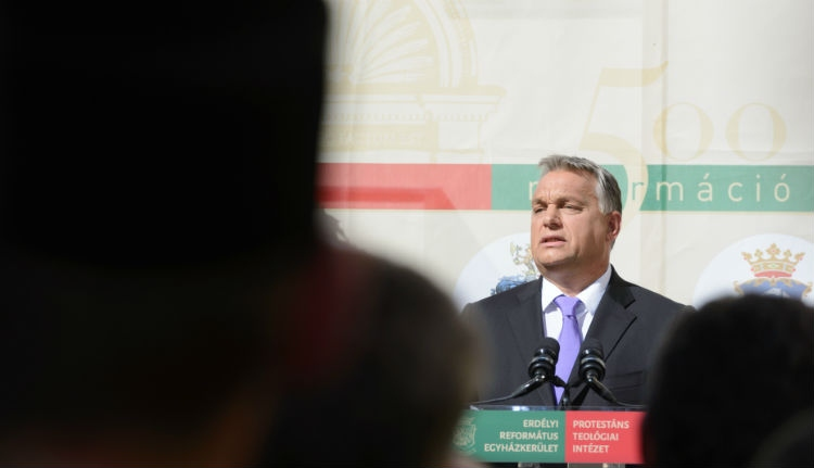 Orbán Viktor szerint a katalán népszavazás spanyol belügy