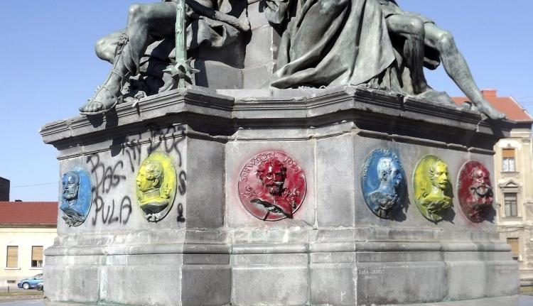 """Interneten toboroznak a magyar megemlékezés """"ellensúlyozására"""" az aradi román szélsőségesek"""