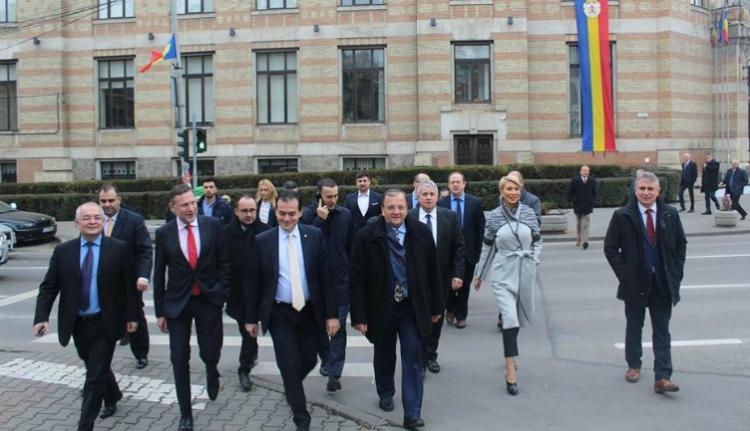 Az európai néppárti frakcióvezető aggódik Dragnea korrupciós ügye miatt