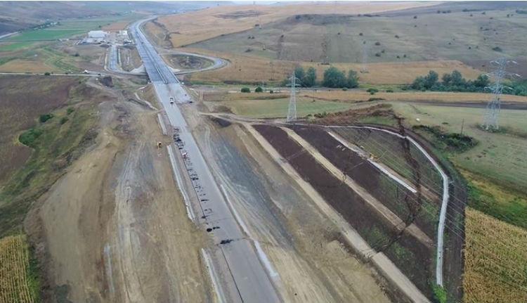 Egy halom pénzt ad az EU romániai autópálya-építésre