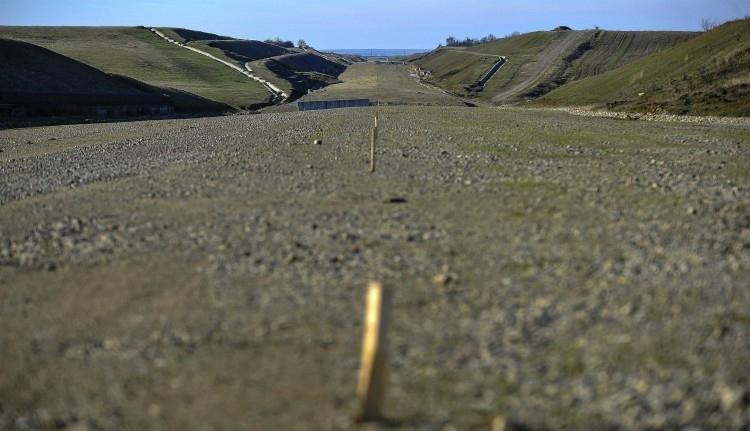 Két évnyi bürokratikus bénázás után idén 60 kilométer autópálya készülhet el