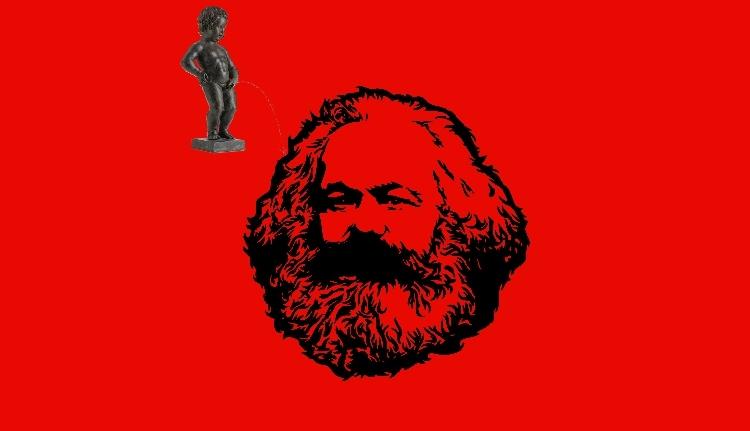 Egy tiltakozó pössentés a juncker Marxra