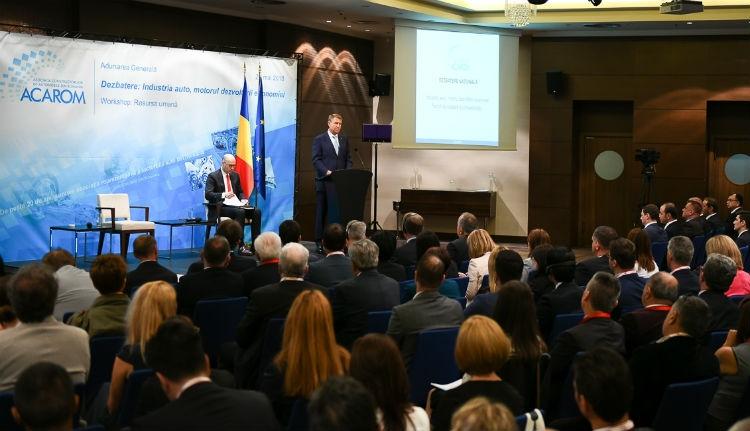 Iohannis a kormánynak: hol a bánatban vannak az autópályák?