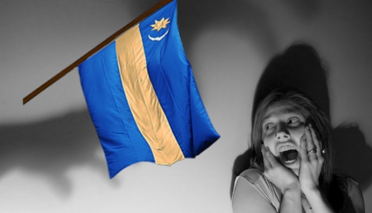 Zászlóhiszti: tetemes bírságot kell fizessen a nyárádszeredai polgármester a székely lobogó miatt