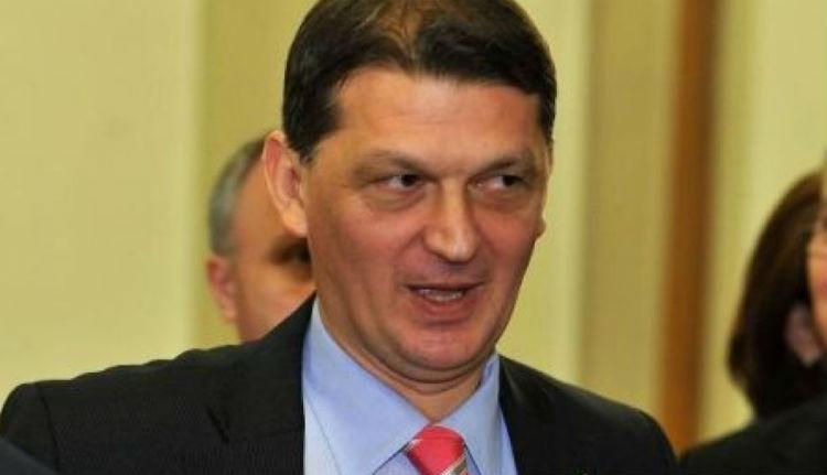 Már le is telt a volt román belügyminiszter tavaly kiszabott kétéves börtönbüntetése
