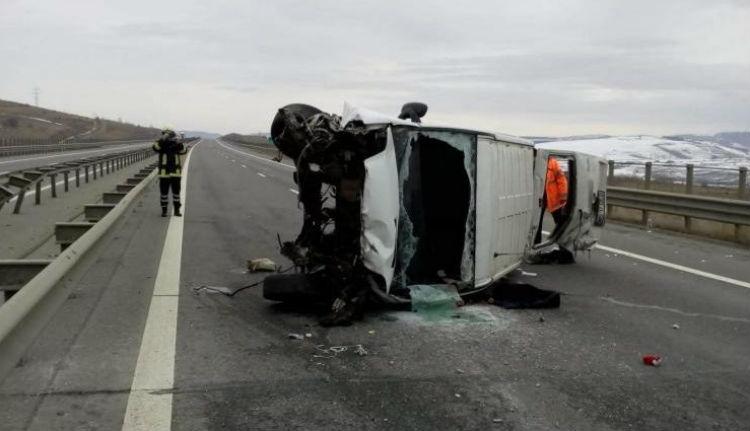 Száznegyvennel balesetezett az észak-erdélyi autópályán – és ezt élőben közvetítette is