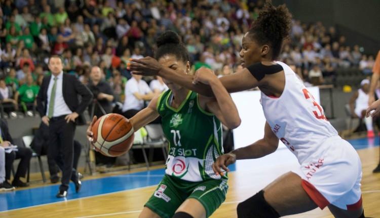 Nehezen viselik Szatmáron a női kosárlabda kupadöntő elvesztését