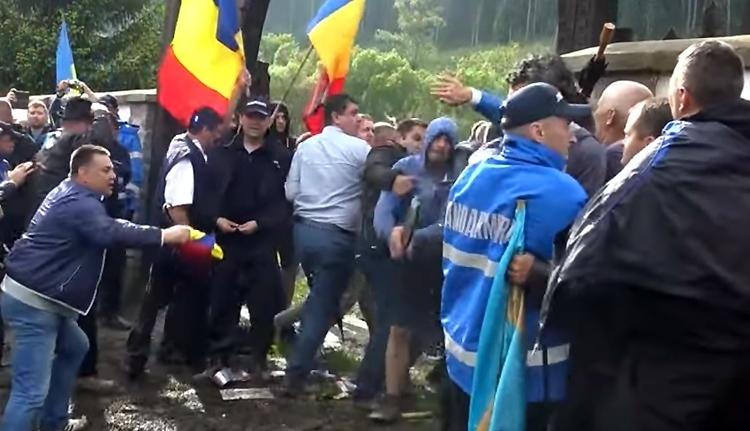 Miért hadakoznak a románok és a magyarok még a halál után is