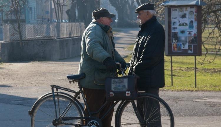 Megírtuk, hogy zuhan a PSD népszerűsége, erre a srácok bepróbálkoznak a jó öreg nyugdíjemeléssel