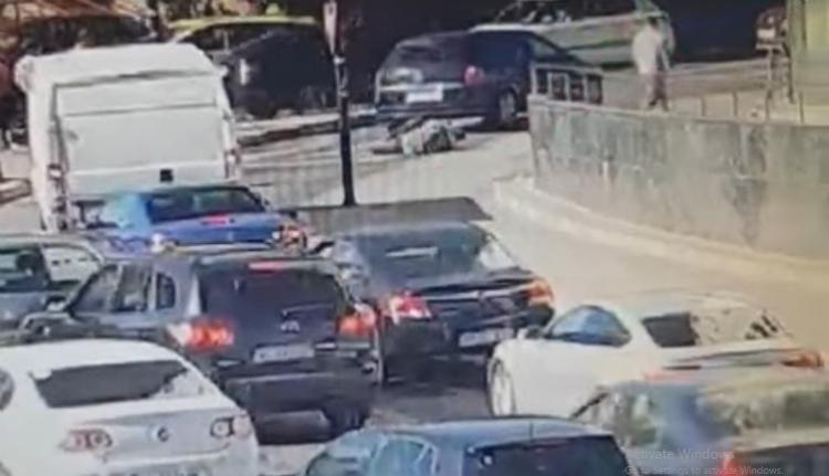 Soha ne vitatkozzon gépkocsit vezető pópával, mert elüti dühében, mint ezt a fickót (VIDEÓval)