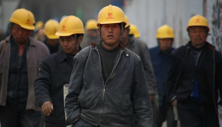 Újabb kisvárosnyi külföldi melóst vár jövőre Románia, a munkaerőhiány mértéke ugyanis elkeserítő