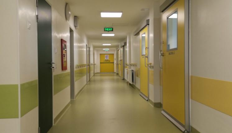 Miért kerülhet egy hét kórházi ellátás 35 ezer euróba Romániában?