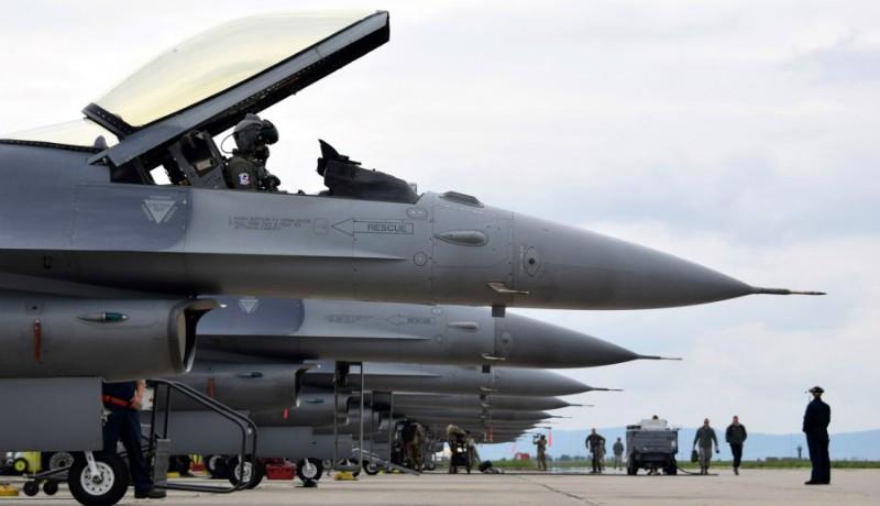 Egy rakás pénzt költ Amerika az aranyosgyéresi katonai reptér fejlesztésére