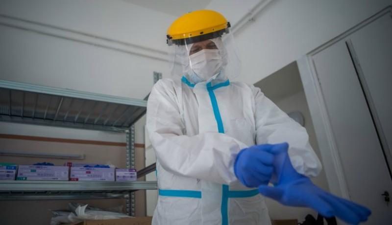 Négyszáz alá csökkent az új fertőzöttek száma