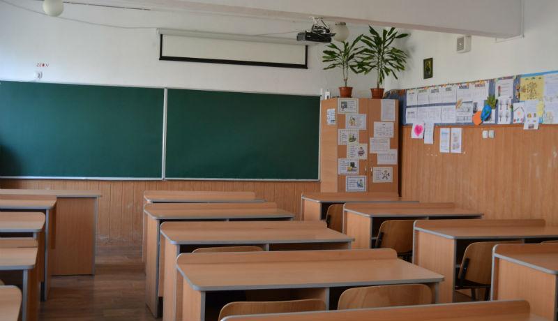 Oktatási miniszter: nyugi, szeptember 14-én normálisan elkezdődik az iskola