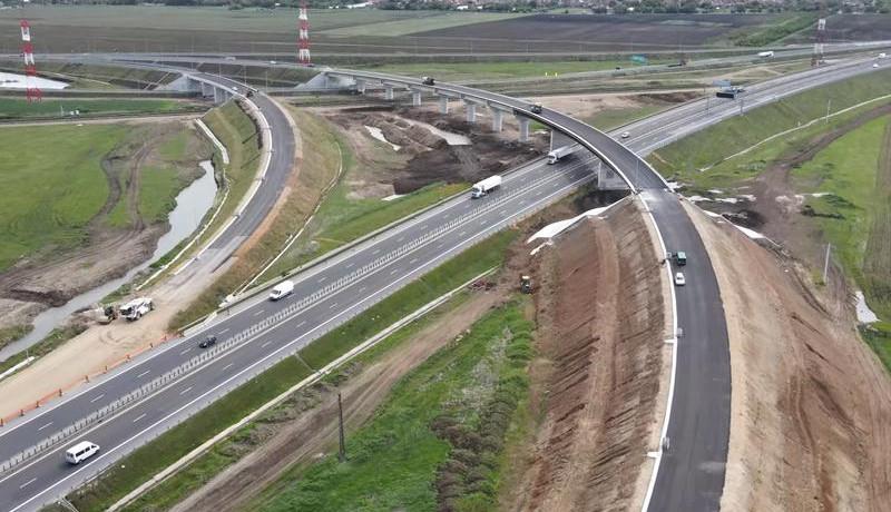 Még mindig dolgoznak a tavalyi választások előtt pár nappal hivatalosan átadott erdélyi autópálya-szakaszon
