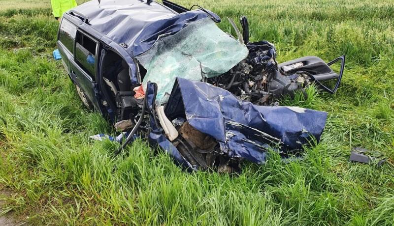 Egy gépkocsi mind a négy baróti utasa meghalt egy súlyos autóbalesetben