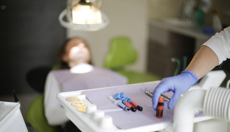 Nem adott nyugtát, így derült ki, hogy nem is fogorvos