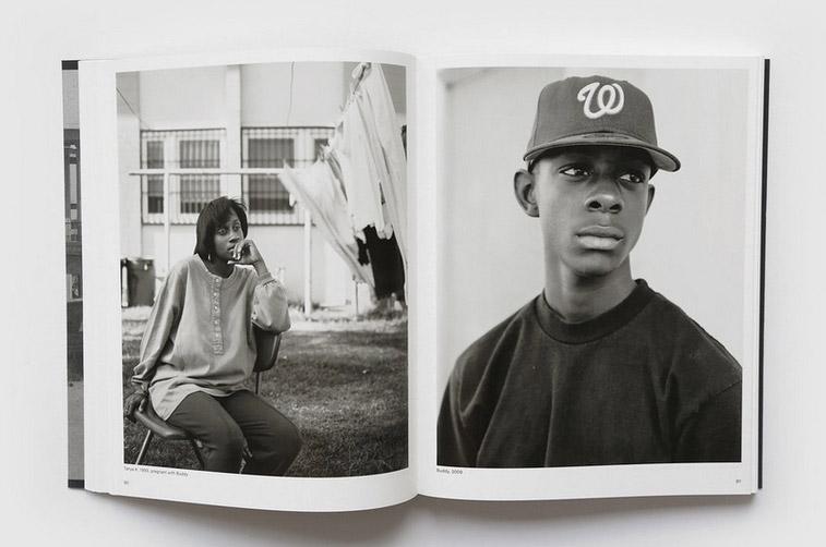dana-lixenberg-fotoboek-van-het-jaar-foto-agenda-kroniek