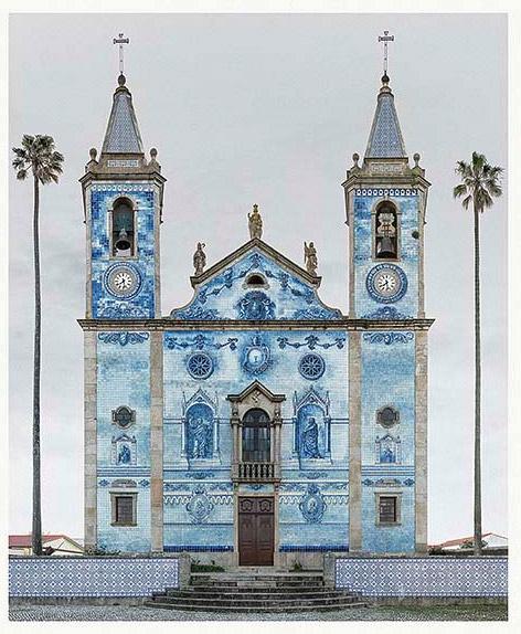 Marcus Brunetti fototentoonstelling Romanesque facades bij bij Axel vervoordt