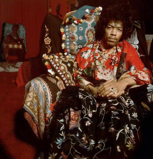 fototentoonstelling Amsterdam Elliot Halls getiteld Icons met portretten van David Bowie, Jimi Hendrix, Blondie, Elvis