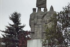Pomnik 01
