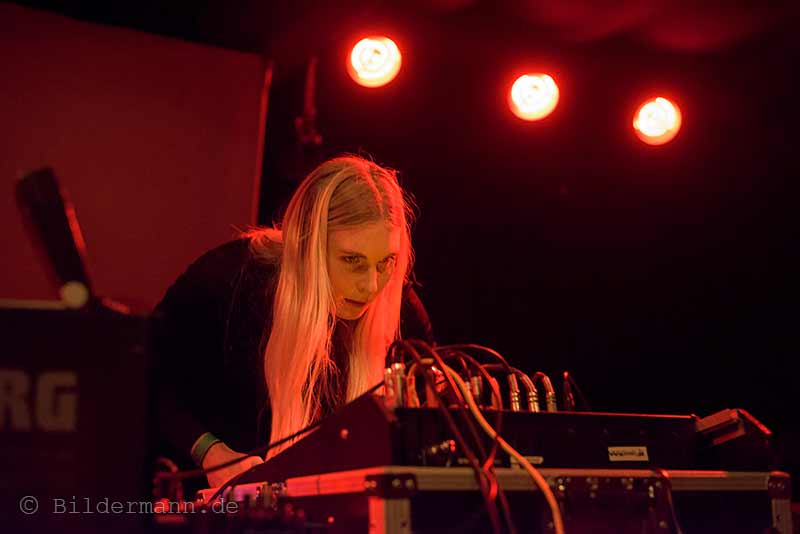 ''Puce Mary'' beim ''Tower Transmissiosn Festival'' am 26.09.2015