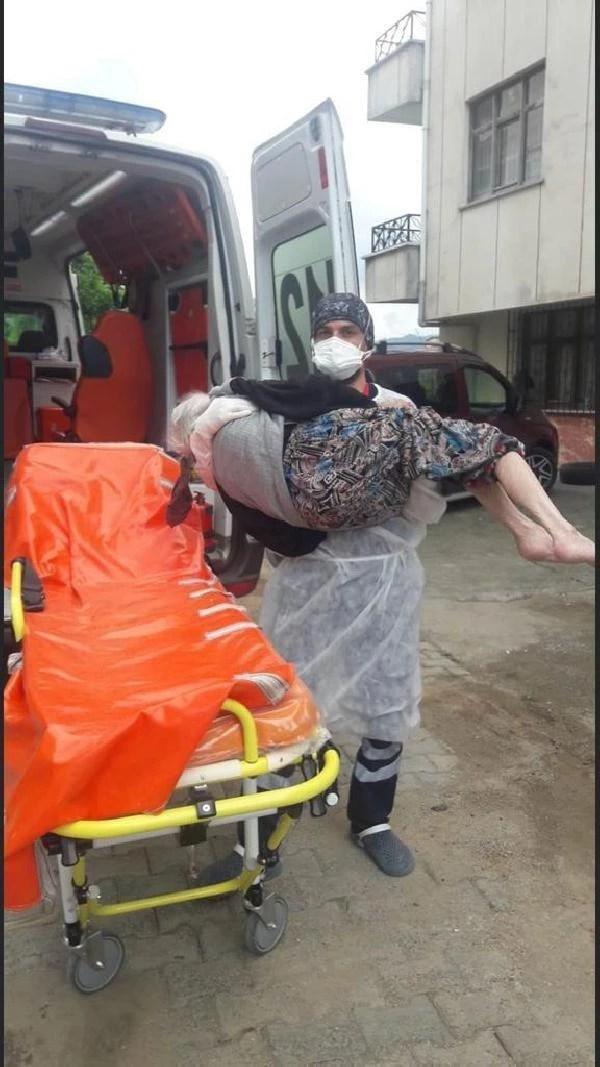 saglikcilarin pandemide zorlu evde bakim mesa 8 13798542 o - Sağlıkçıların pandemide zorlu 'evde bakım' mesaisi