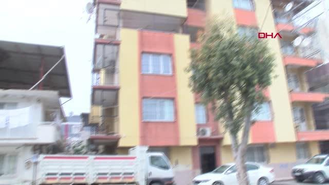Son dakika haberleri... İZMİR İzmir' de eşini öldüren kocadan savunmaİznim olmadan dışarı çıkıyordu