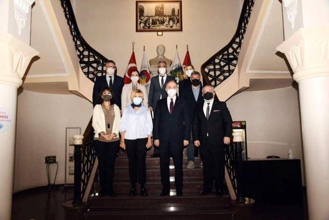 Başkan Faruk Özlü İzmir'de çeşitli ziyaretlerde bulundu