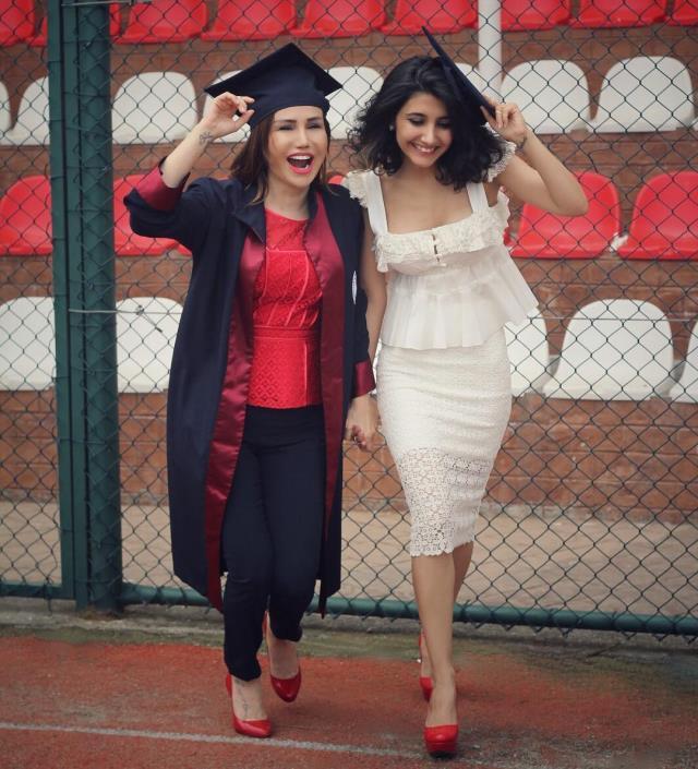 turkucu ceylan in kizi melodi estetikle bambaska 14043287 5615 m - Türkücü Ceylan'ın kızı Melodi'nin göz kamaştıran estetik değişimi!