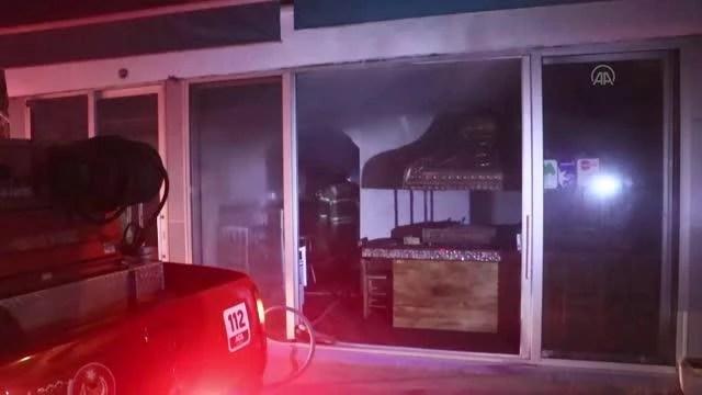 Çıkan yangında bir kişi dumandan zehirlendi