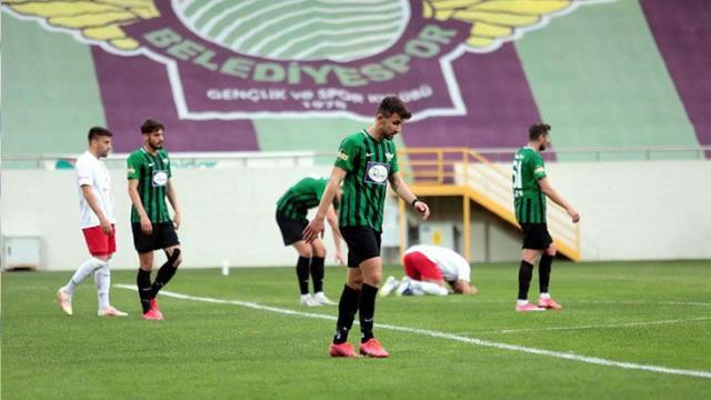 Türkiye Kupası ve Süper Kupa şampiyonu Akhisar, bu hafta kaybederse TFF 1. Lig'e mendil sallayacak