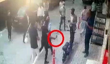 İzmir'de CHP'liler birbirine girdi: O anlar kamerada