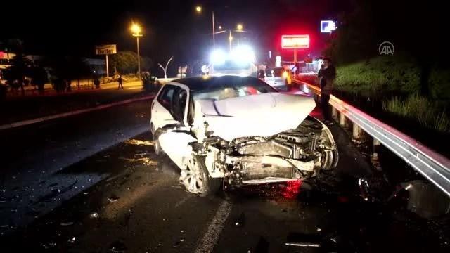 Ters yönde ilerleyen alkollü sürücünün kullandığı otomobil tıra çarptı
