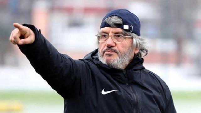 Kocaelispor Teknik Direktörü Mustafa Reşit Akçay hastaneye kaldırıldı