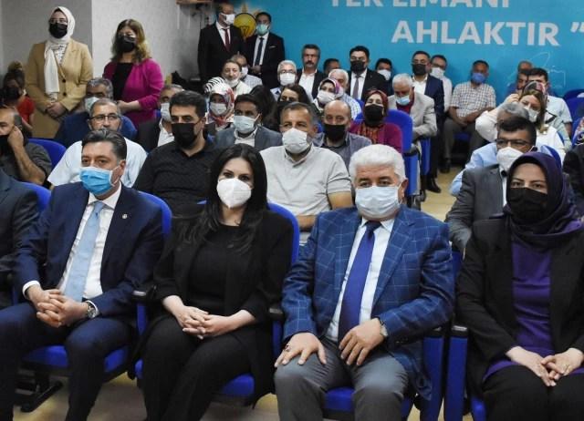 AK Parti Genel Başkan Yardımcısı Jülide Sarıeroğlu, Kırşehir'de konuştu Açıklaması