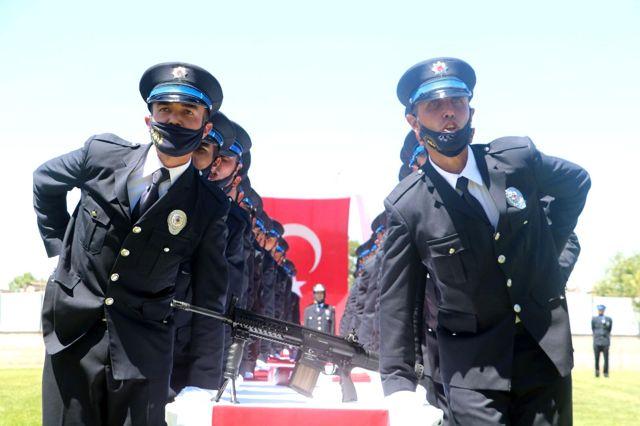 """""""Türkiye'de PKK terör örgütünün militan sayısını 255'in altına getirdiğimizi biliyoruz"""""""