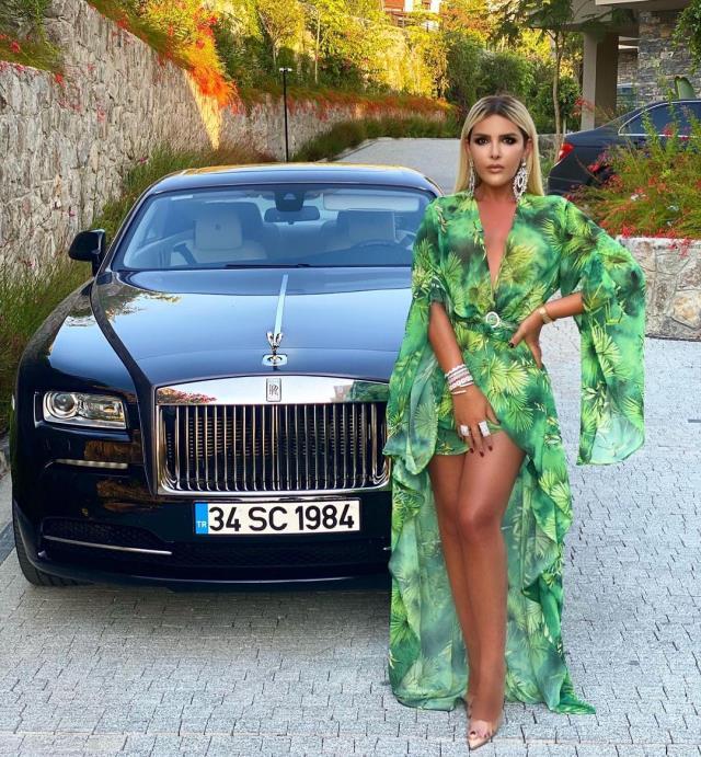 selin cigerci show tv de moda programinda juri 14431074 3044 m