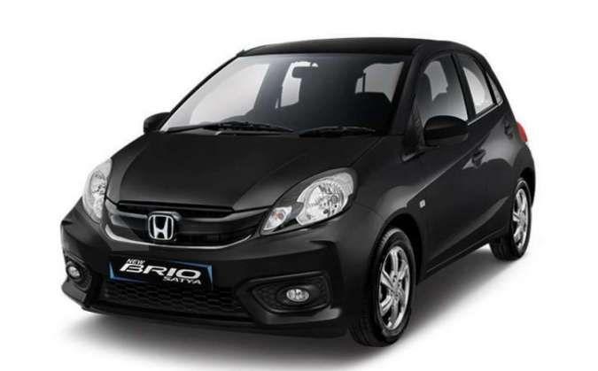 Brio 2021 hatchback terbaru tersedia dalam pilihan mesin bensin. Harga mobil bekas Honda Brio generasi ini terendah Rp 100 juta per Juni 2021