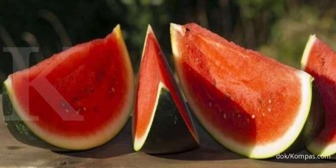 Semangka termasuk salah satu makanan penambah darah.