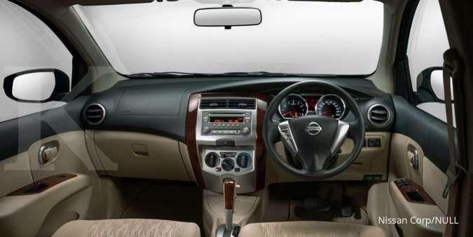 Harga mobil bekas Nissan Grand Livina (Interior)